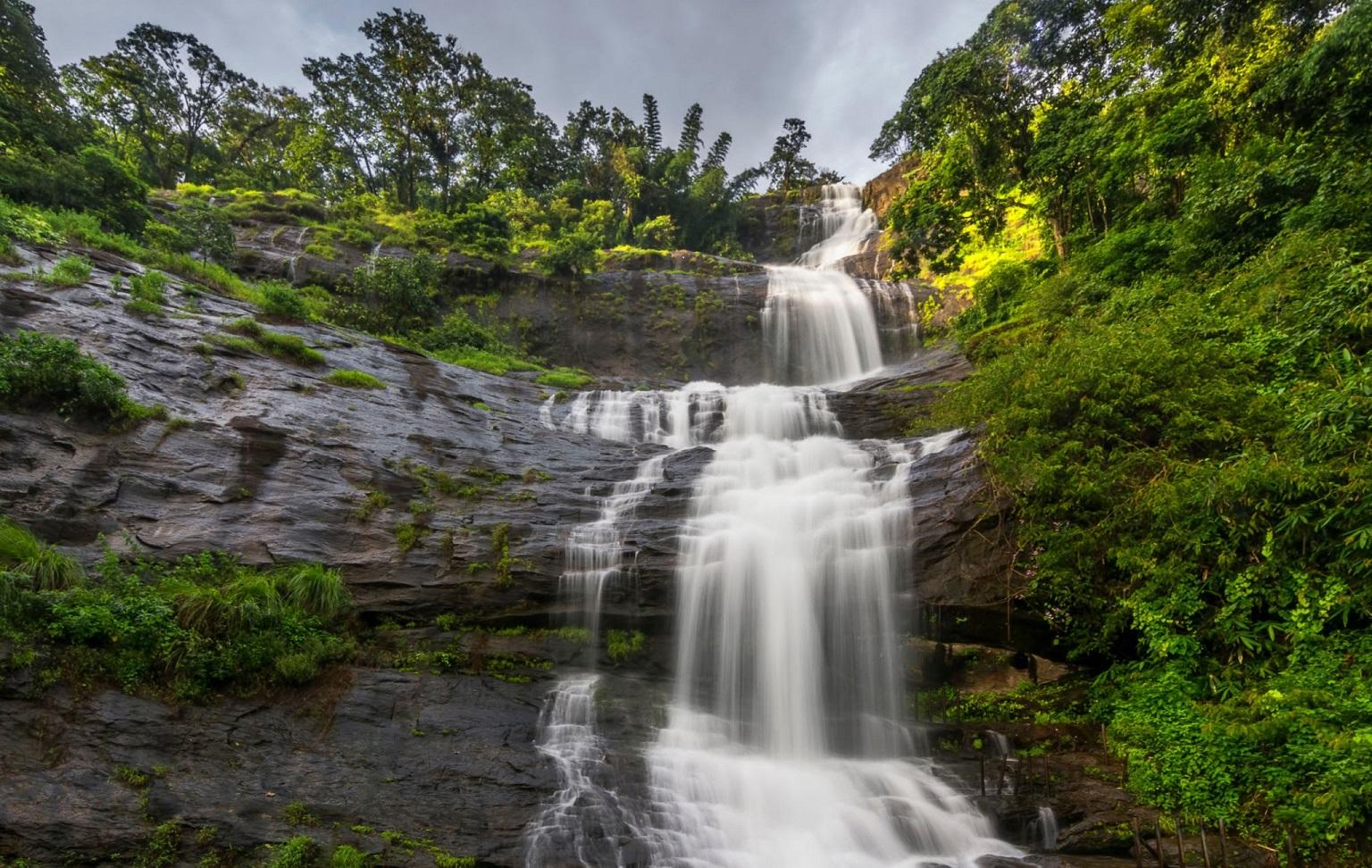 Munnar Water falls